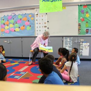 "Brownley Reads to Students as Part of the Annual ""Take 5 and Read to Kids"" Event"