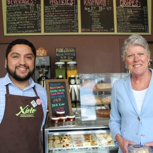 Brownley Visits Xielo Artisan Desserts in Oxnard