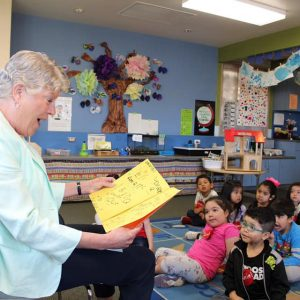 "Brownley Reads to Local Children for ""Take 5 and Read to Kids"" Day"
